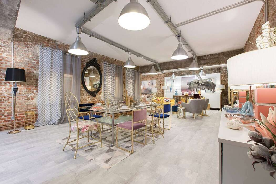 Loft in Madrid by In Out Studio