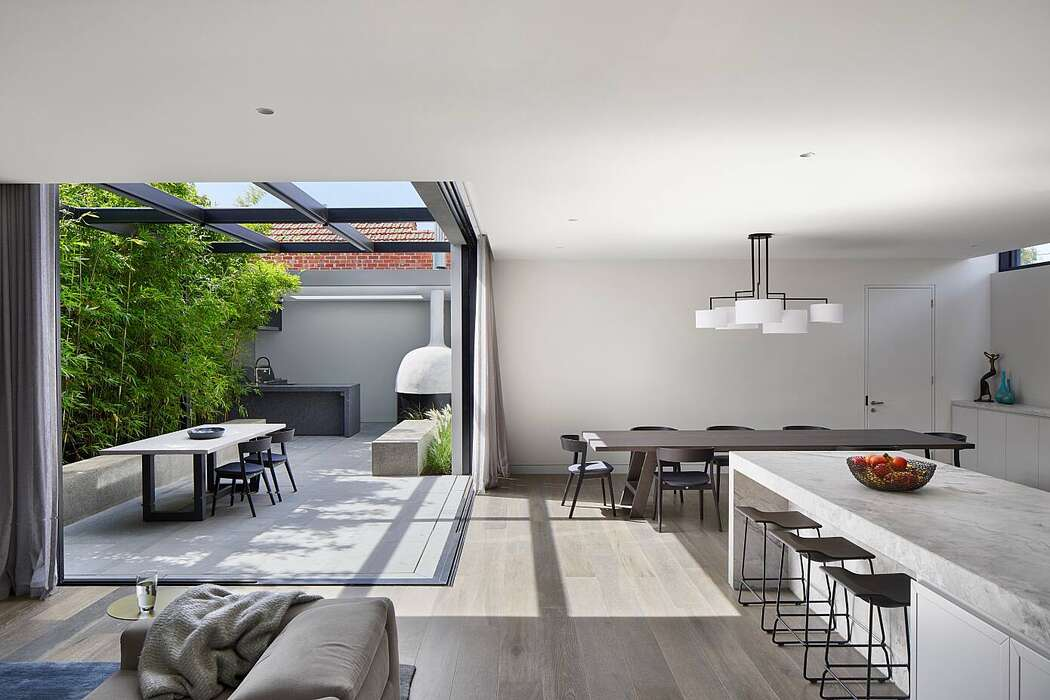 Verge House by Finnis Architects