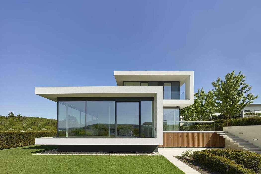 Villa in Franken by Weber + Hummel Architekten