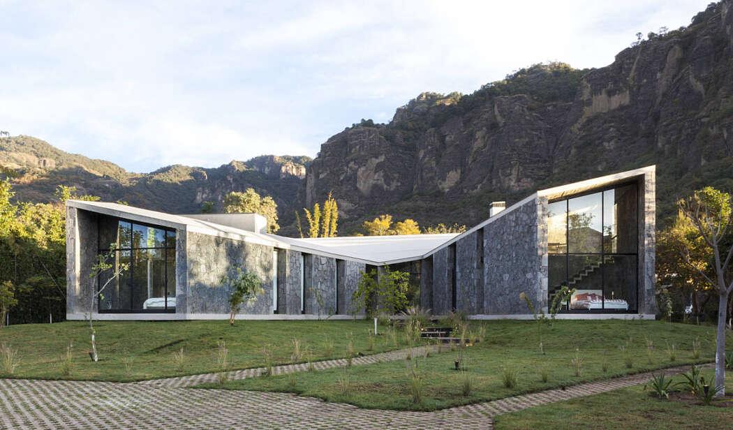 MA House by Cadaval & Solà-Morales