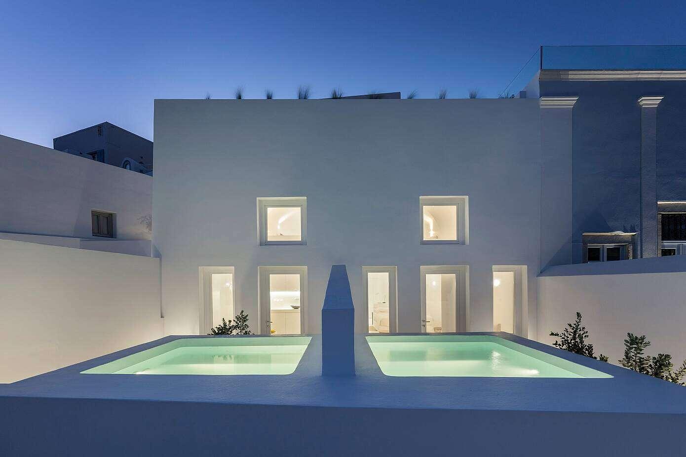 Summer Residence by Kapsimalis Architects