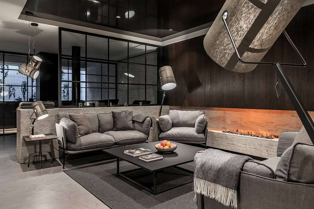Apartment 7 by Stephan Marx and Nadine Bauer