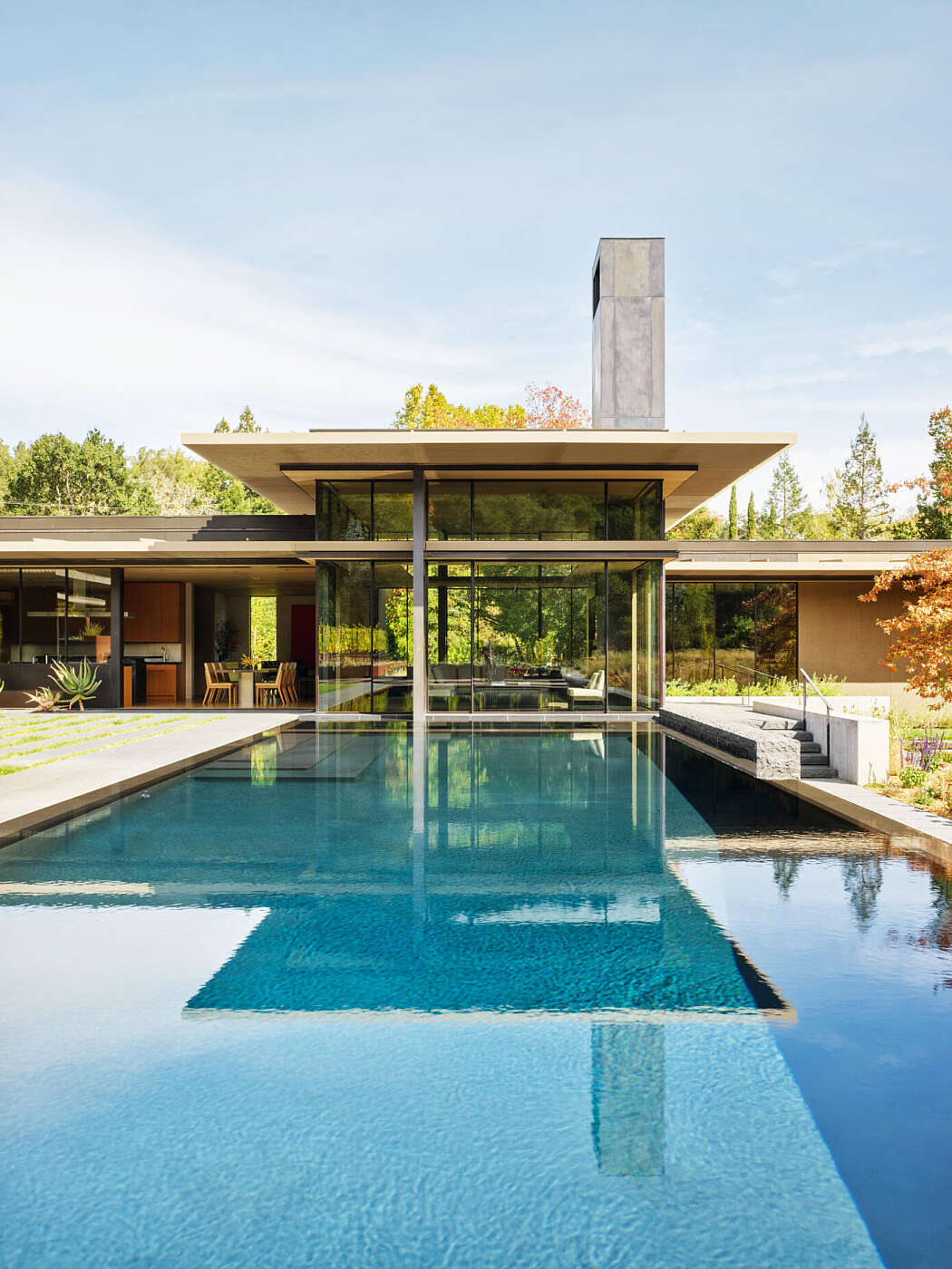 California Meadow House by Olson Kundig