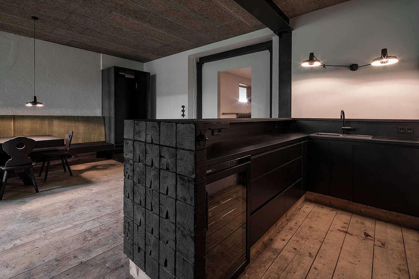 Lounge T by Destilat