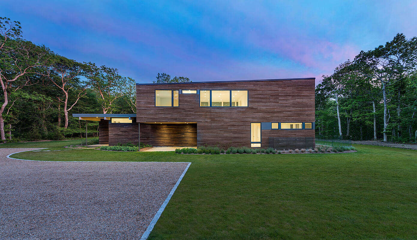 Town Cove House by Turkel Design