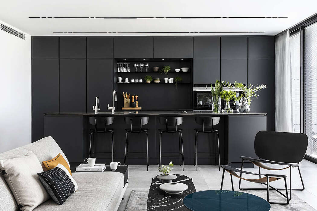 C Apartment by Maya Sheinberger