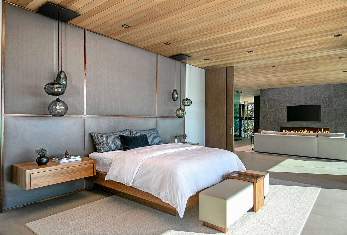 Hollywood Hills by Michael Fullen Design Group