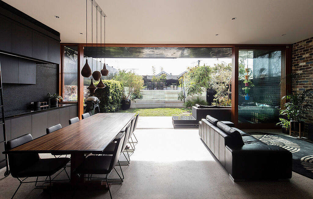 Screen House by Carter Williamson Architects