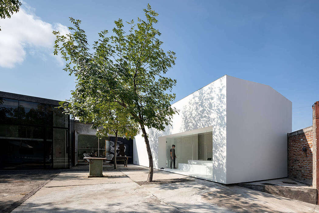 Home in Morelia by HW Studio