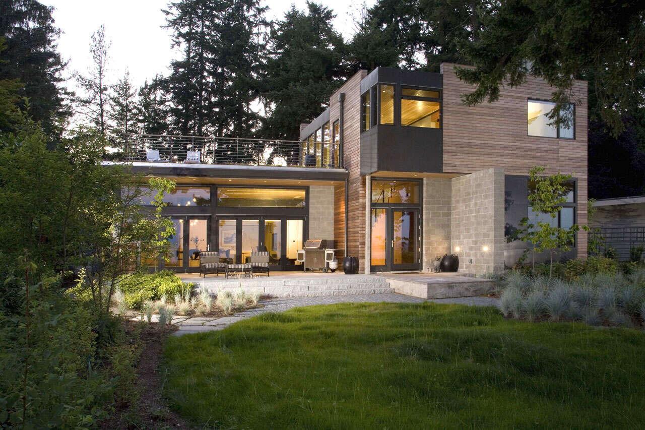 Platinum House by Coates Design