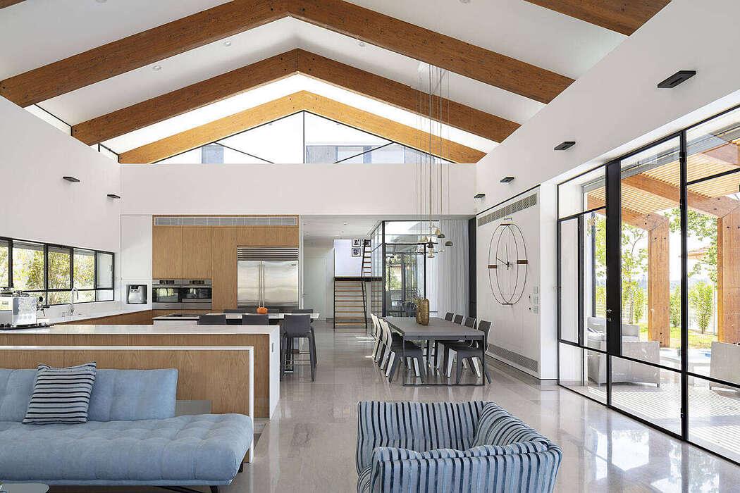 ZY8 House by Ariel Eisenberg