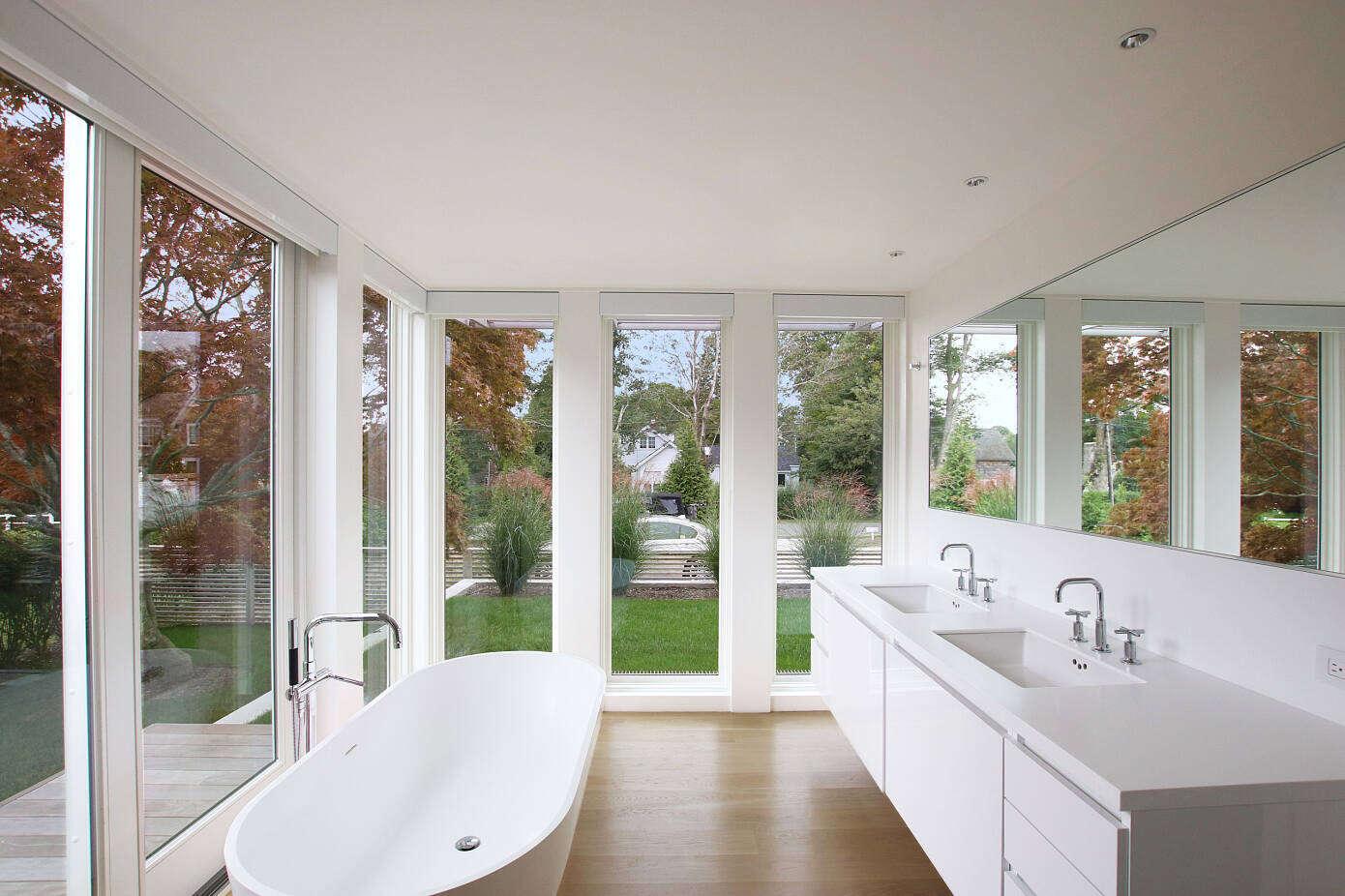 Bridgehampton House by Resolution: 4 Architecture