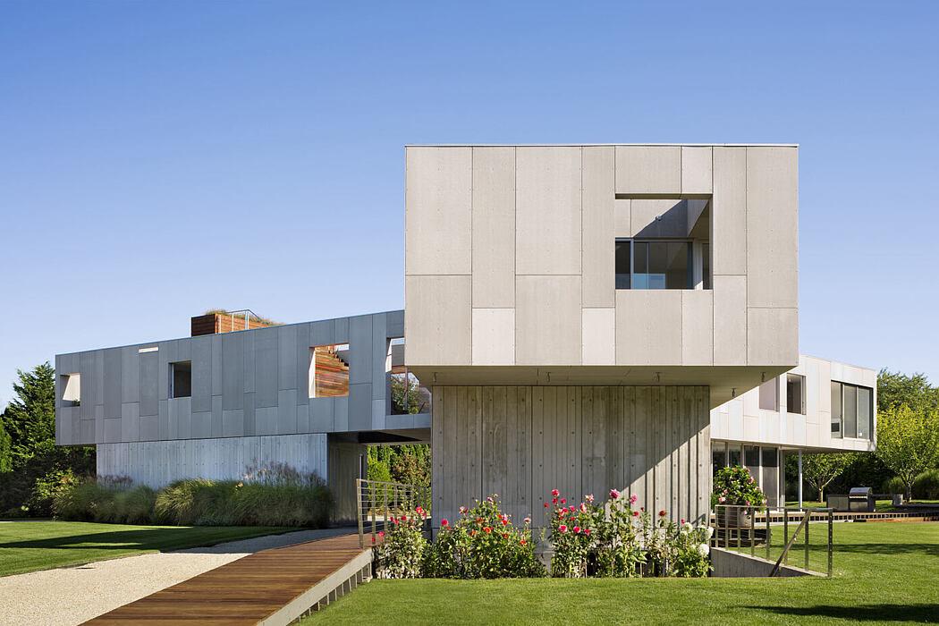 36SML Beach House by Levenbetts