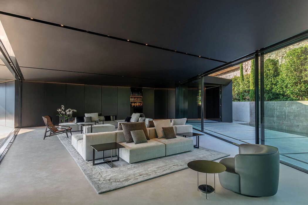 The Stealth by ZMB Architettura
