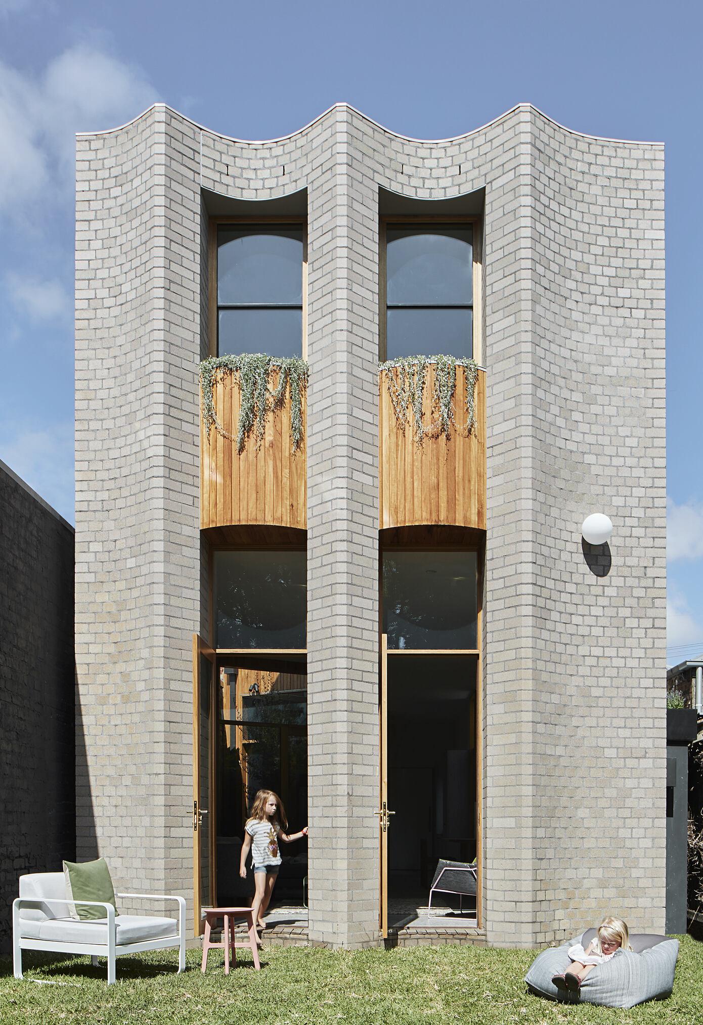 Tiger Prawn by Wowowa Architecture