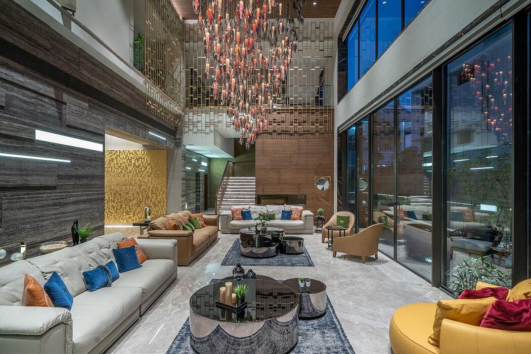 Luxurious Home by Urban Zen