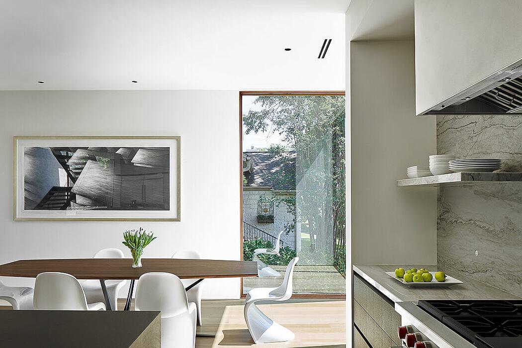 Skybox House by Dick Clark + Associates