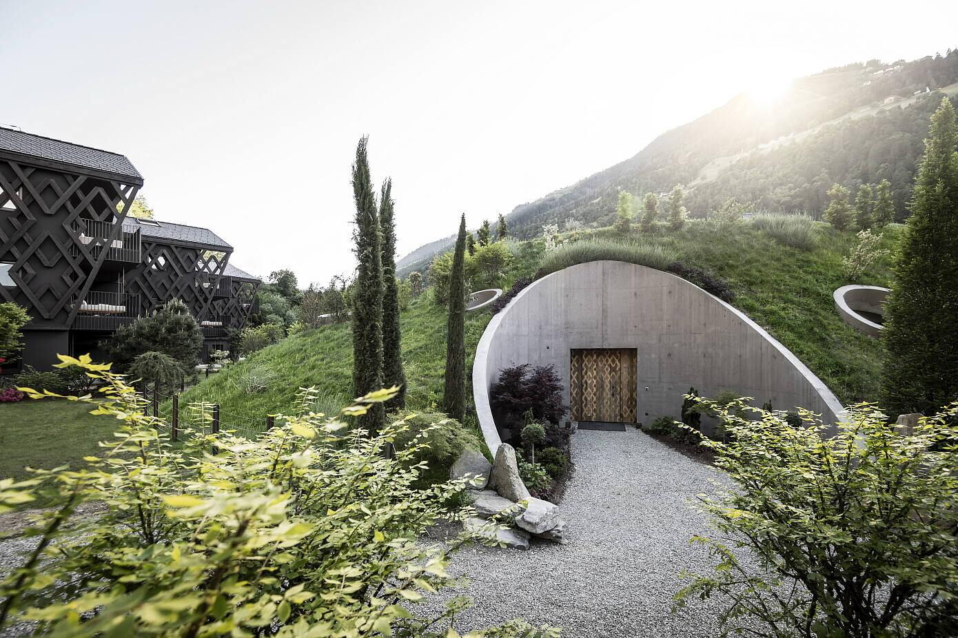 Apfelhotel Torgglerhof by Noa* Network of Architecture