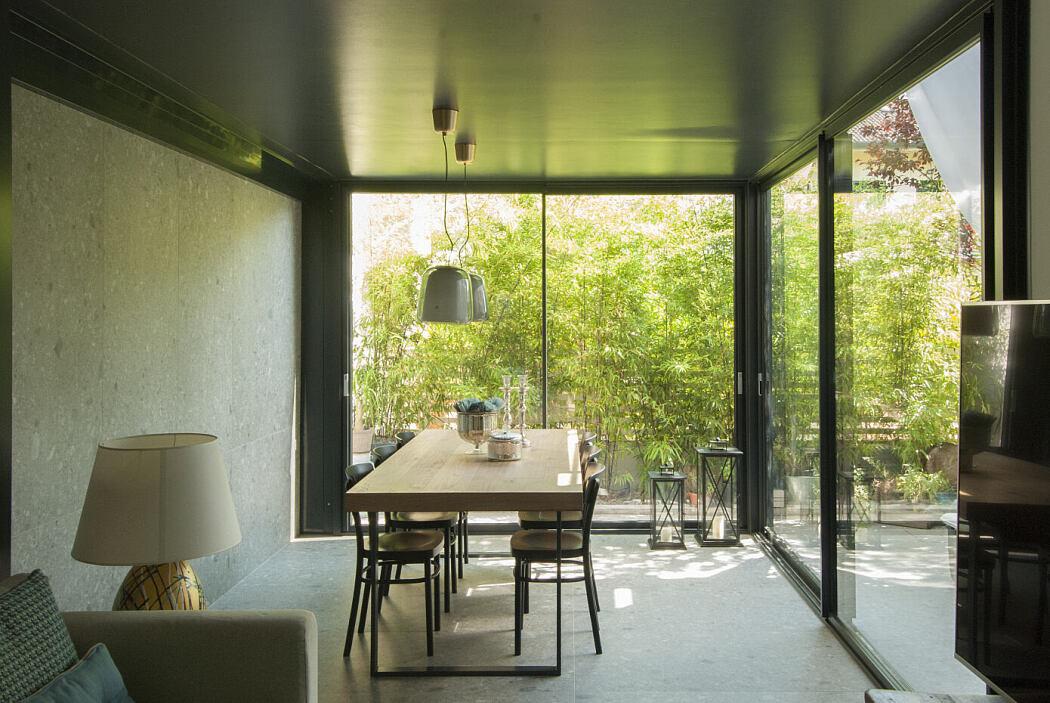 Plauto Apartment by Gruppo Lithos Architettura