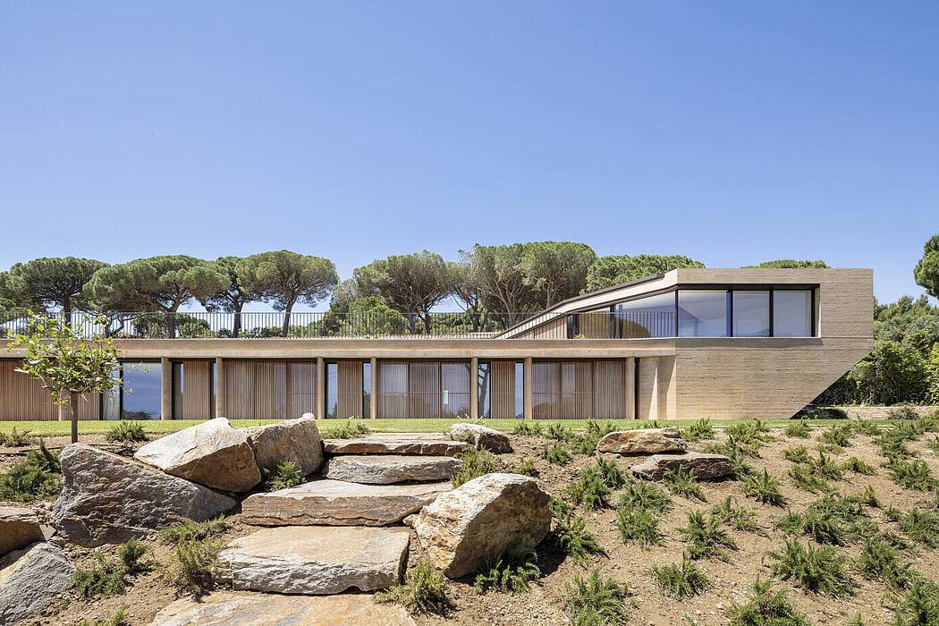 Villa Varoise by Nadaaa