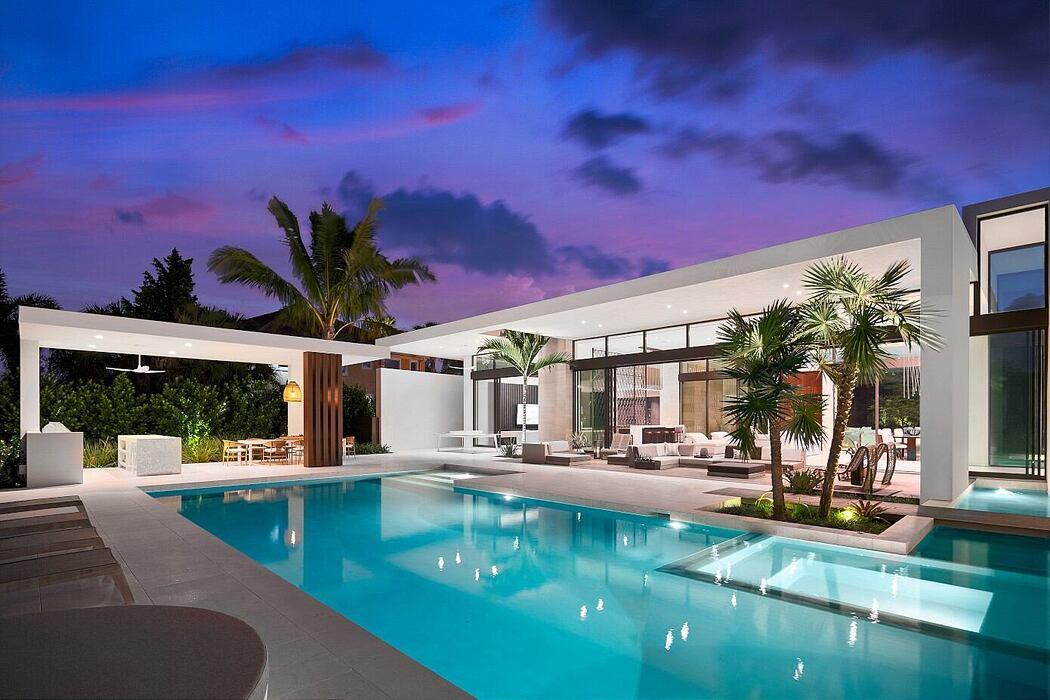 Weston Residence by Choeff Levy Fischman Architecture + Design