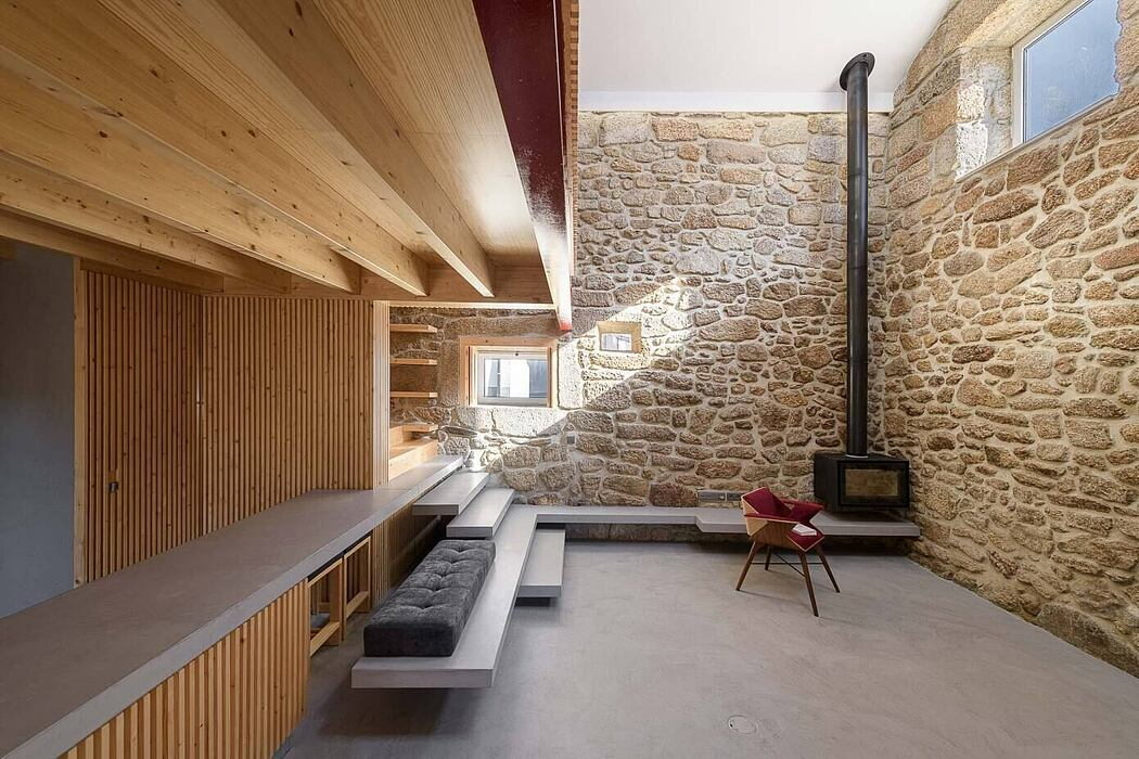 Rural House in Portugal by Henrique Barros-Gomes