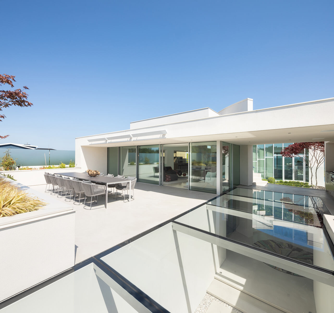 Boundary Bay Residence by Frits de Vries Architects