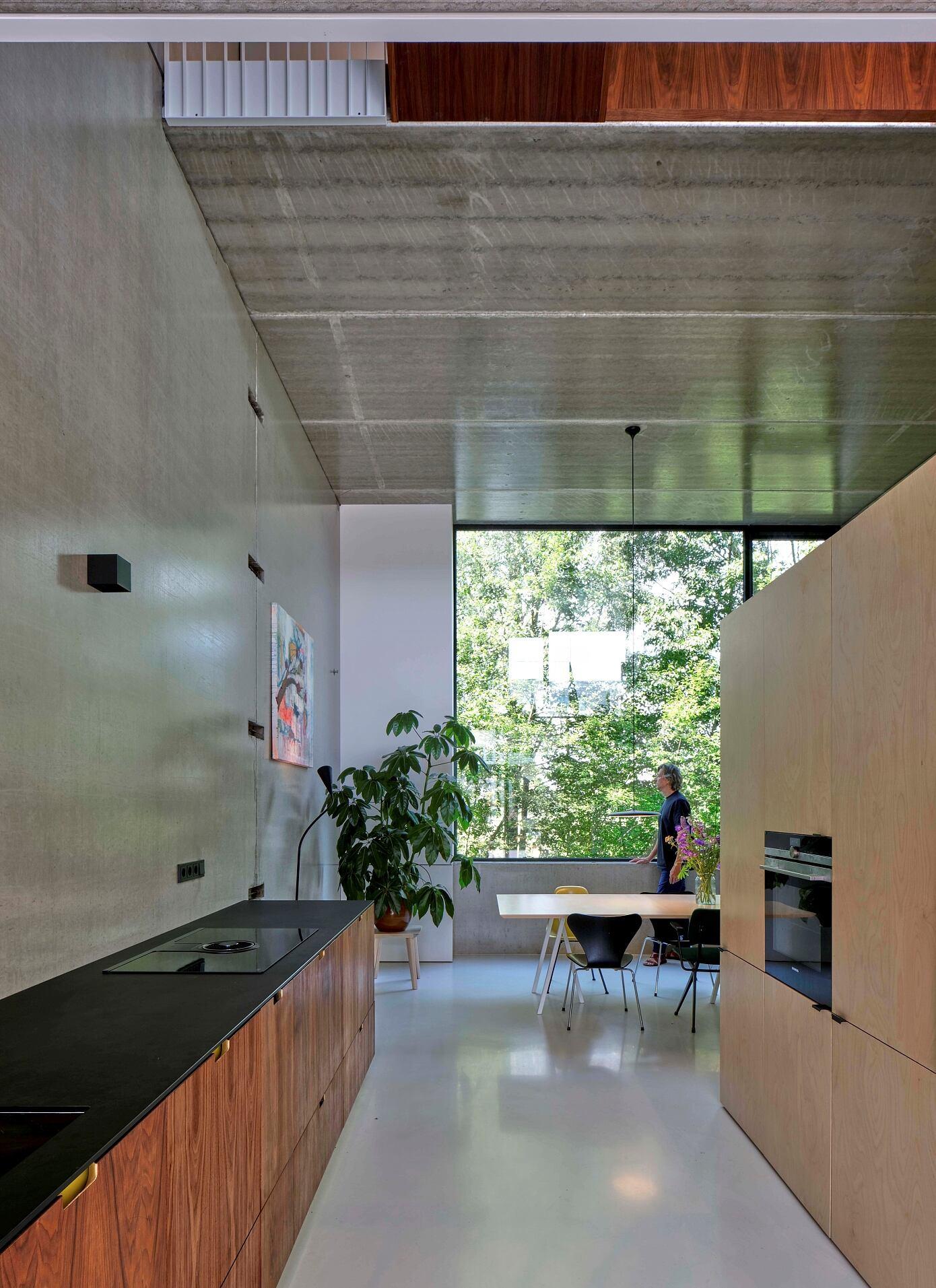 Zigzag House by Jasper Smiths Architecture