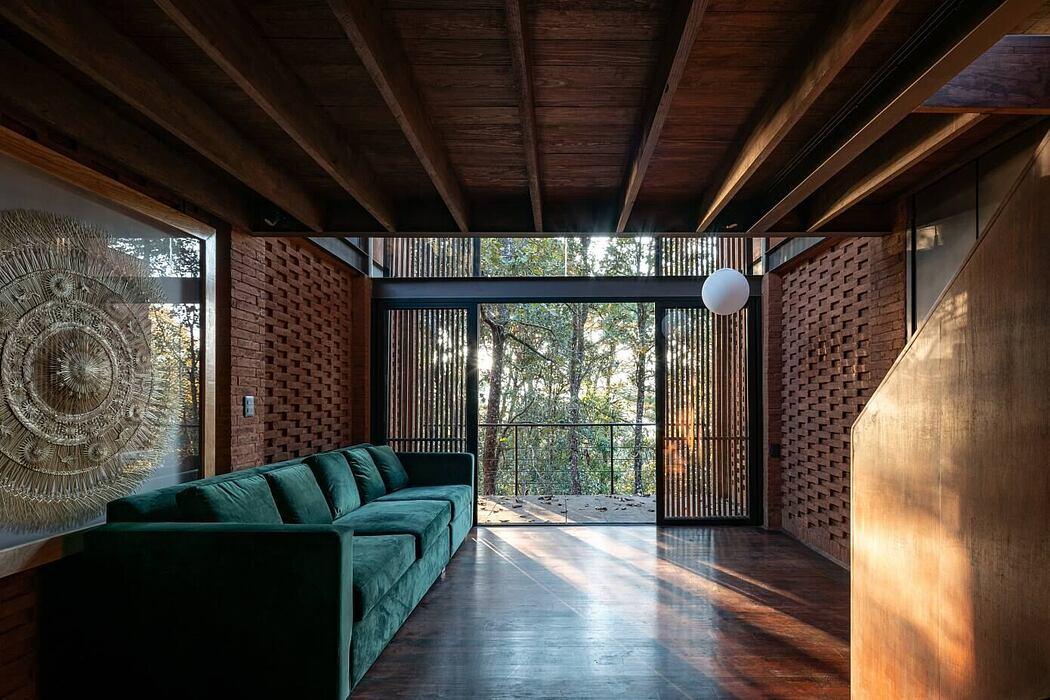 Casa Zirahuén by Daniela Bucio Sistos
