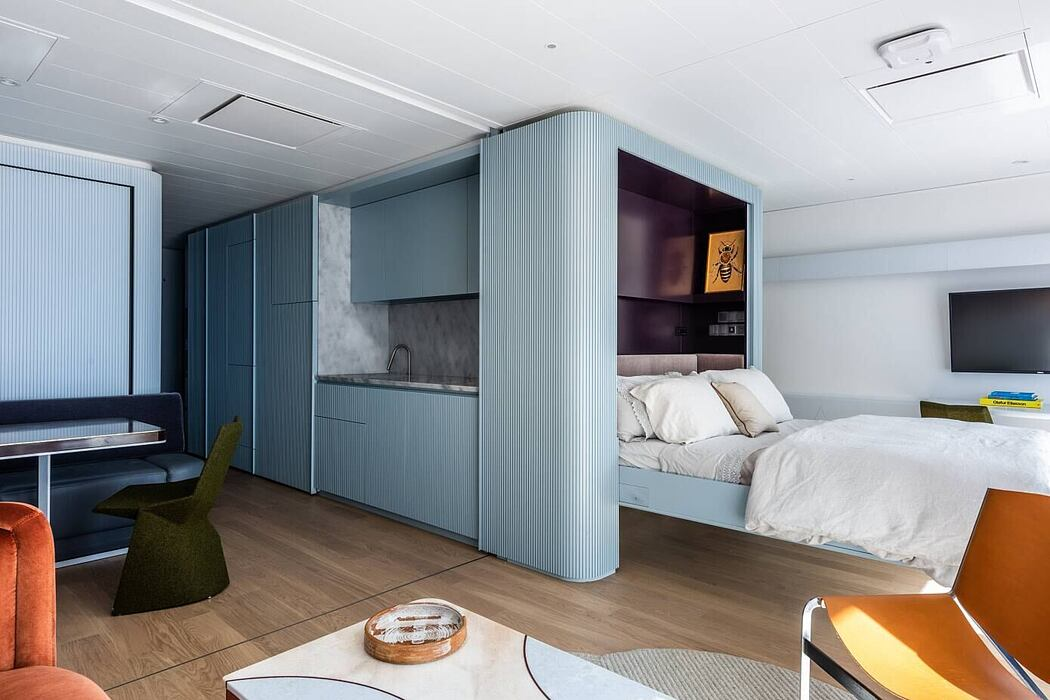 Apartment at Sea by Michael K Chen Architecture