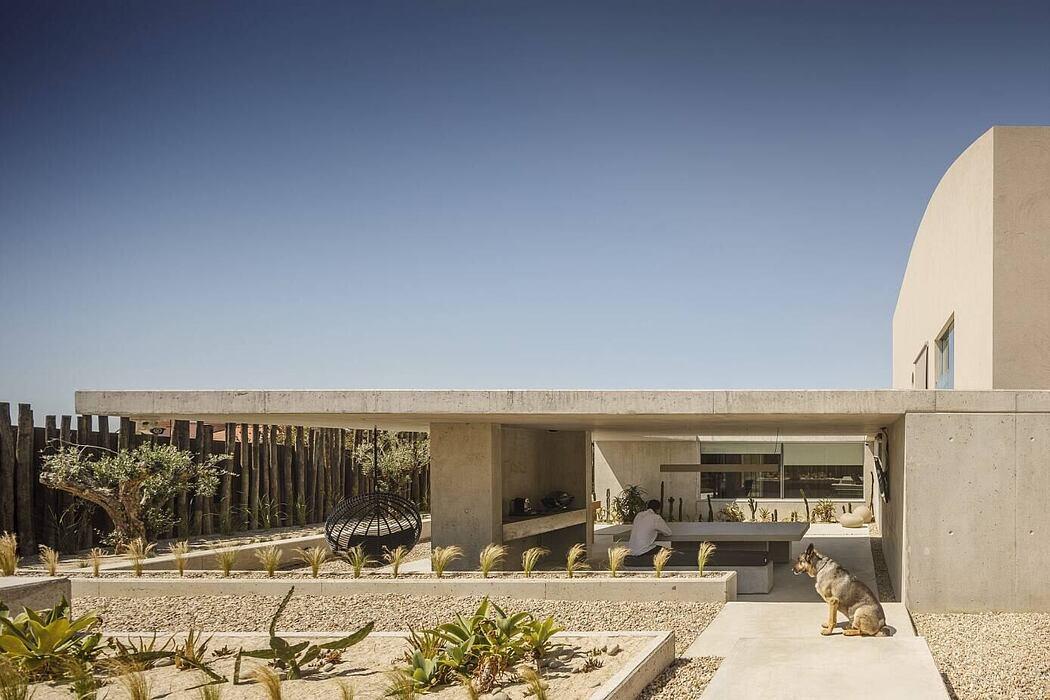 EV House by Artspazios Arquitectos e Designers