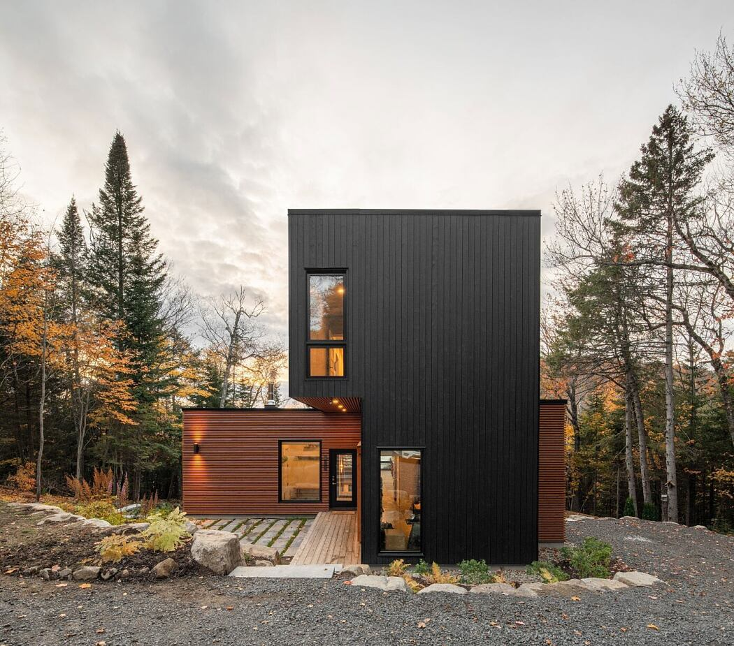 Prefabricated Country Home by Figurr Architects Collective