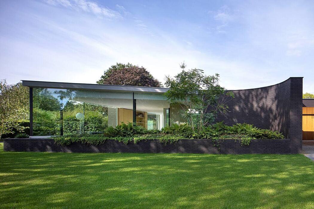 Outside in by Bedaux de Brouwer Architecten