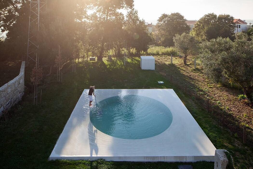House in Afife by Guilherme Machado Vaz Arquitecto