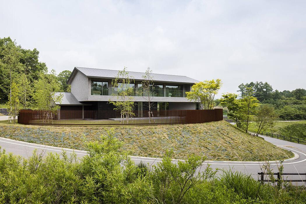 House in Minami Karuizawa by KIAS