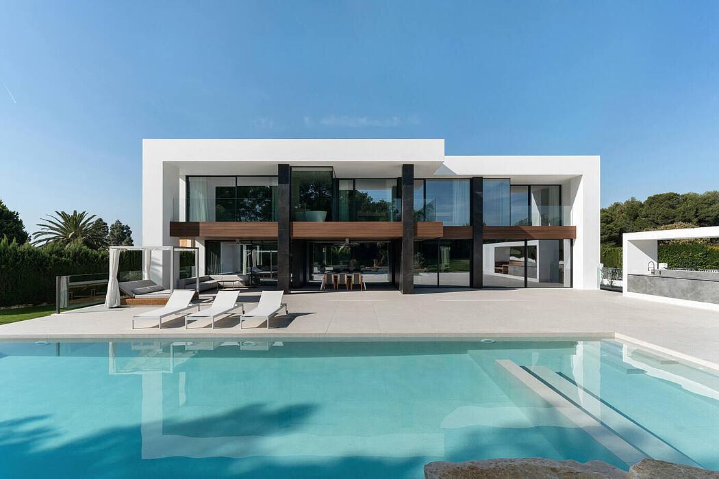 Cruz House by Ruben Muedra Estudio de Arquitectura