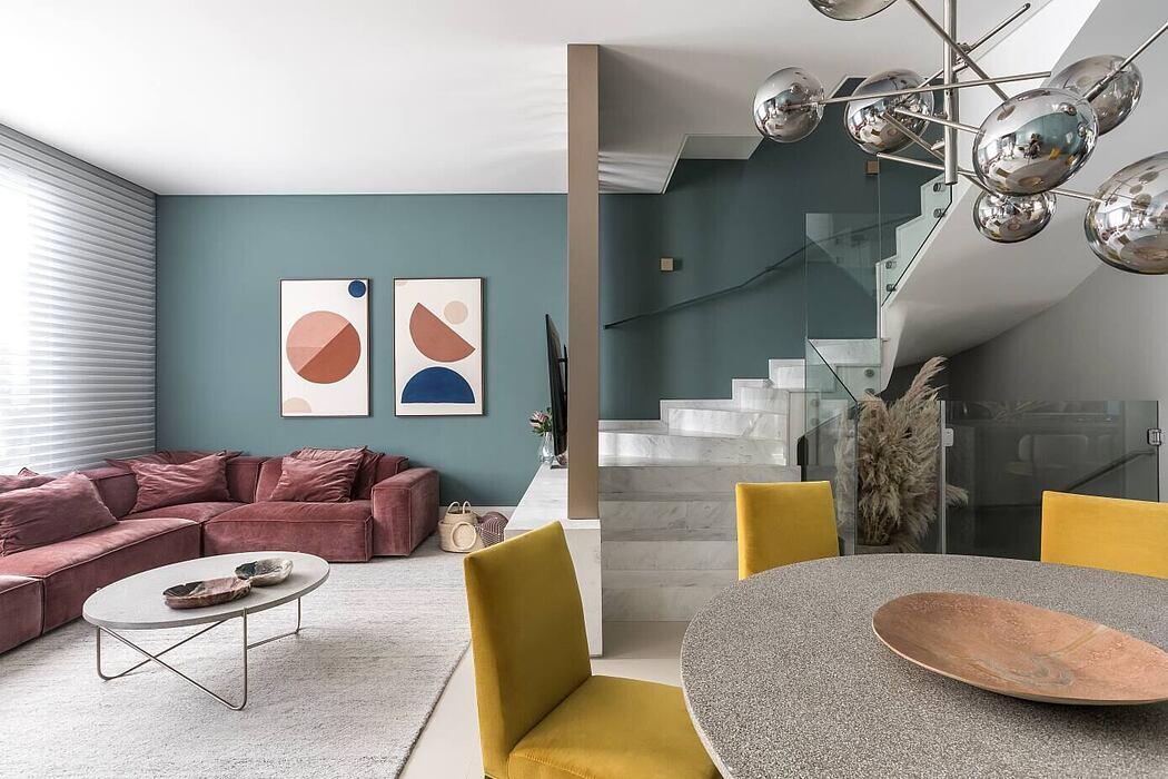 Cosmopolitan House by Nogueira Talita