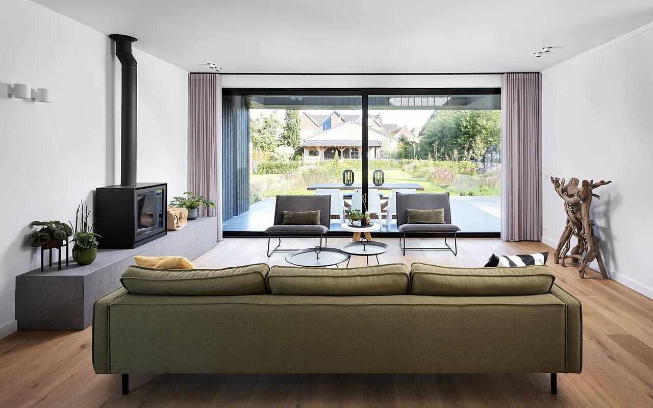Villa Benthuizen by Arjen Reas