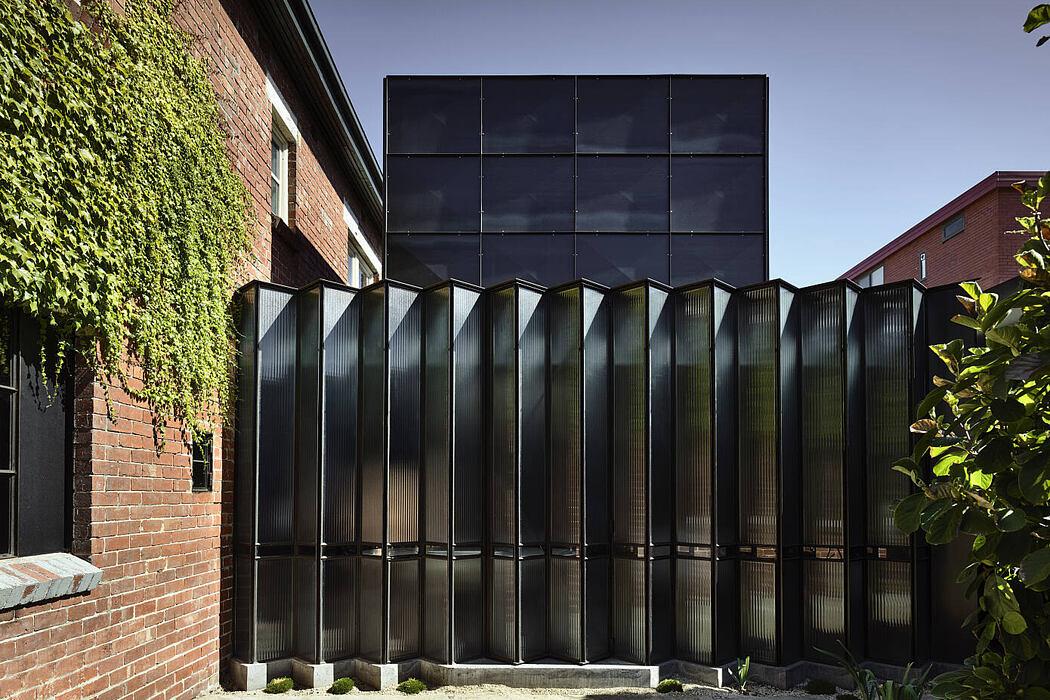 Powell Street House by Robert Simeoni Architects