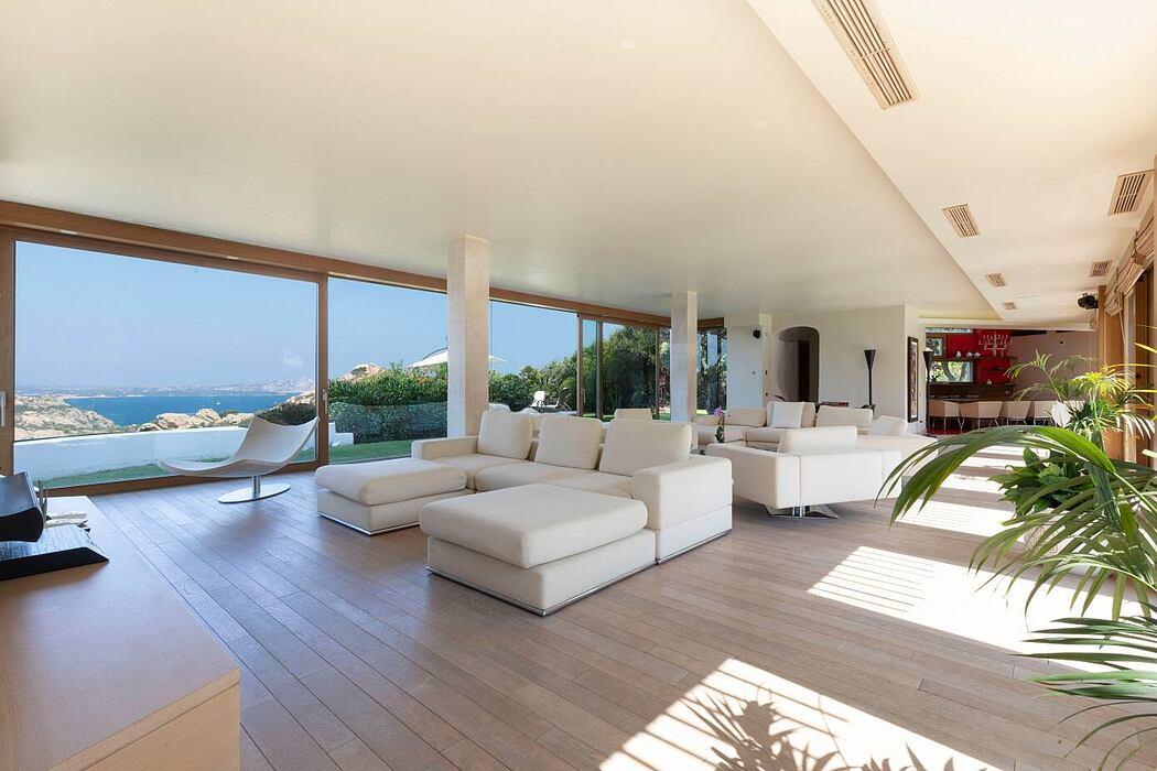 Villa Sa' Contissa by Studio di Architettura Luca Scacchetti