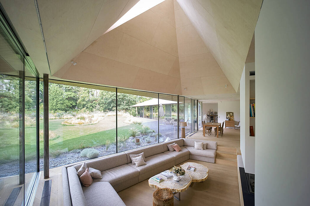 The Mouvaux House by Tank