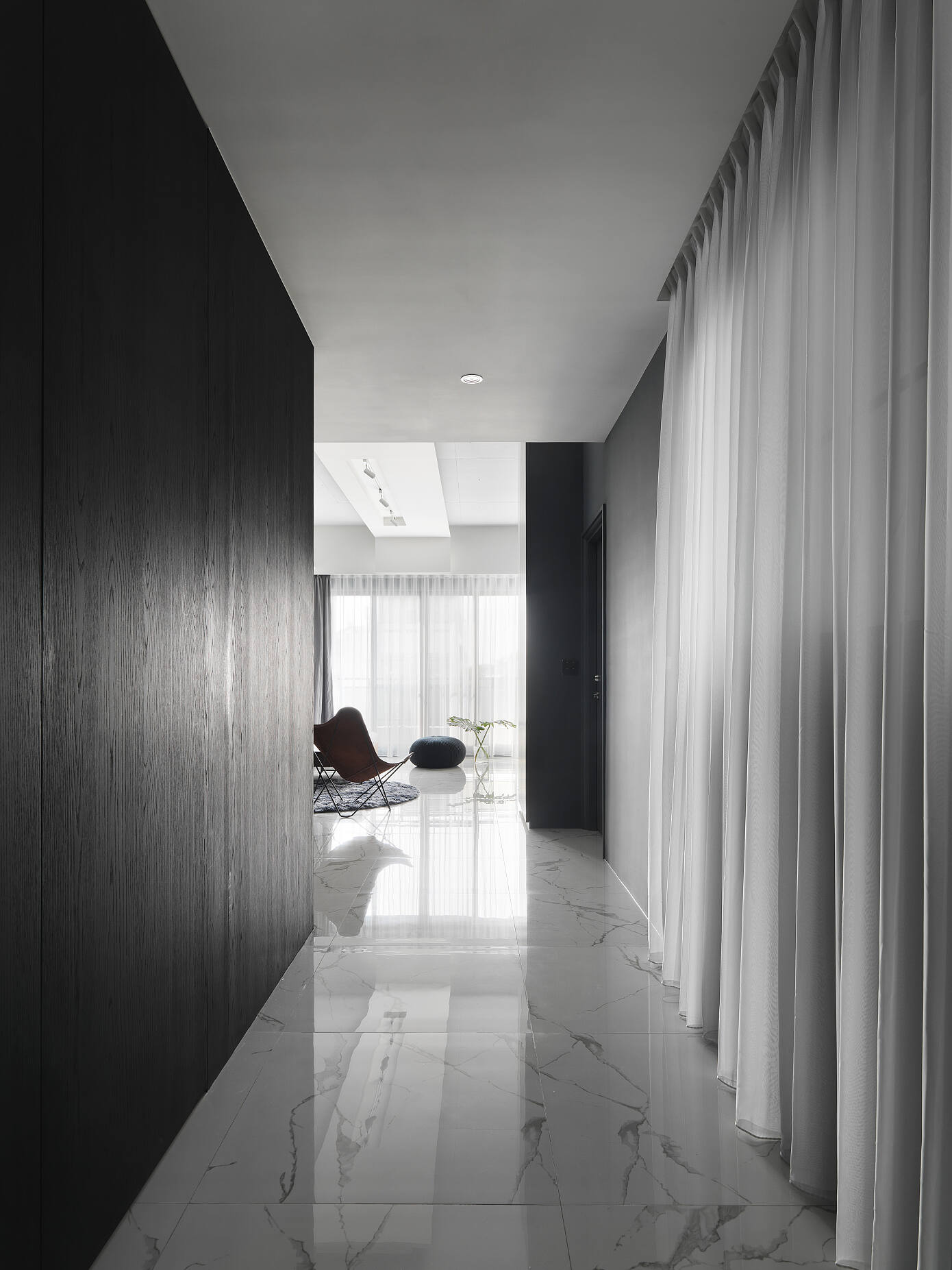 Ch226 by C.H. Interior