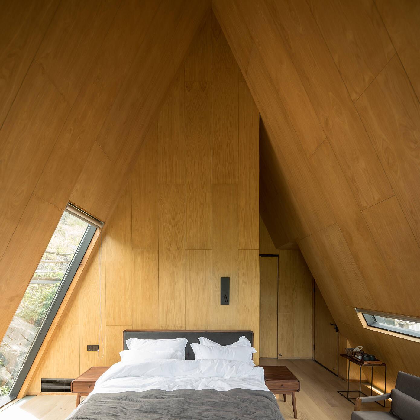 Woodhouse Hotel by ZJJZ Atelier