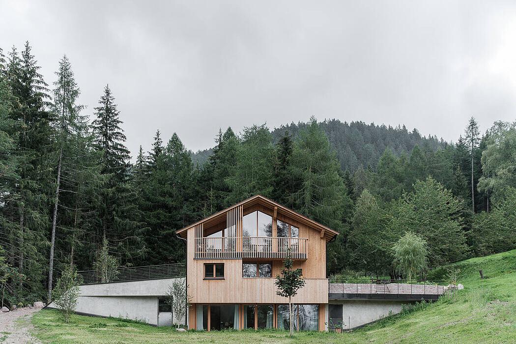 Mountain House by Biquadra Interior Architecture