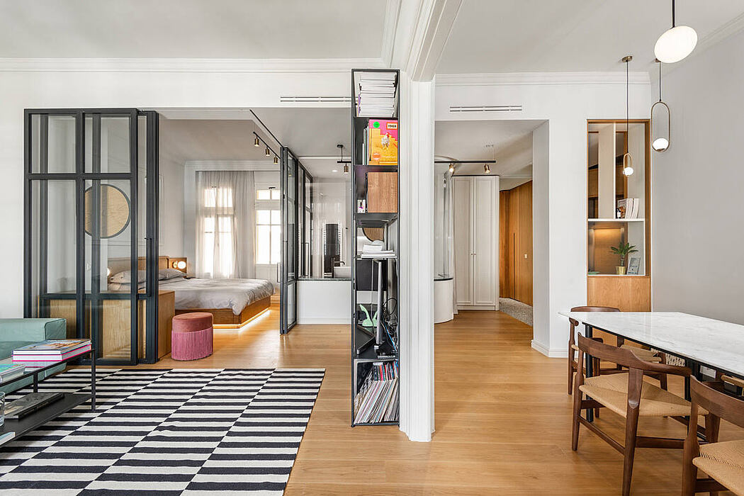 The Transparent Apartment by Urban Soul Project
