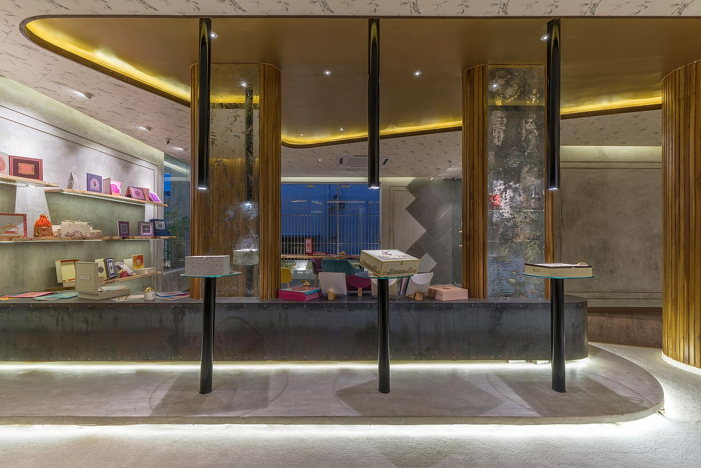 Therefore Boutique by INAKREA Architects