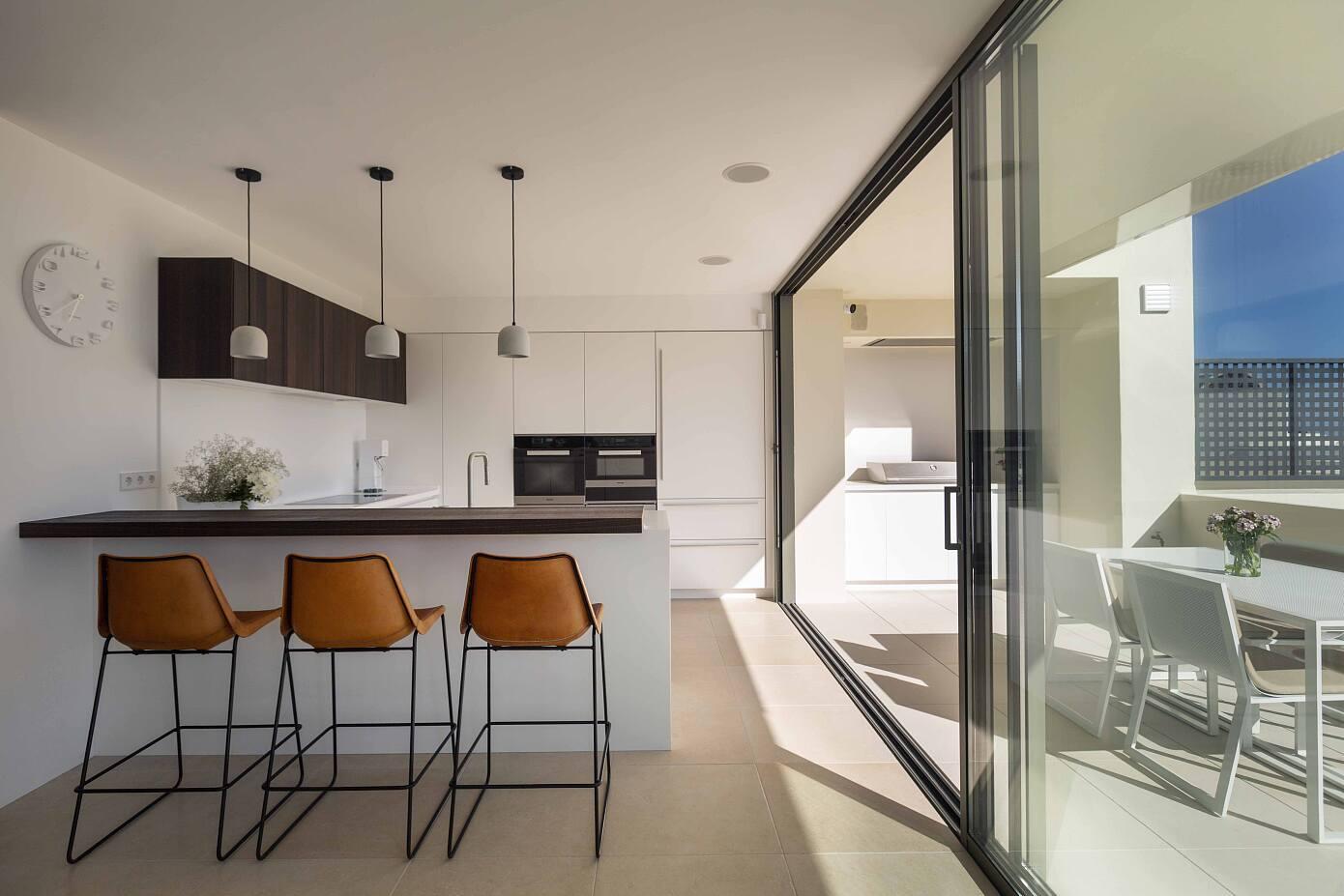 Los Flamingos Penthouse by Alejandro Gimenez Architects