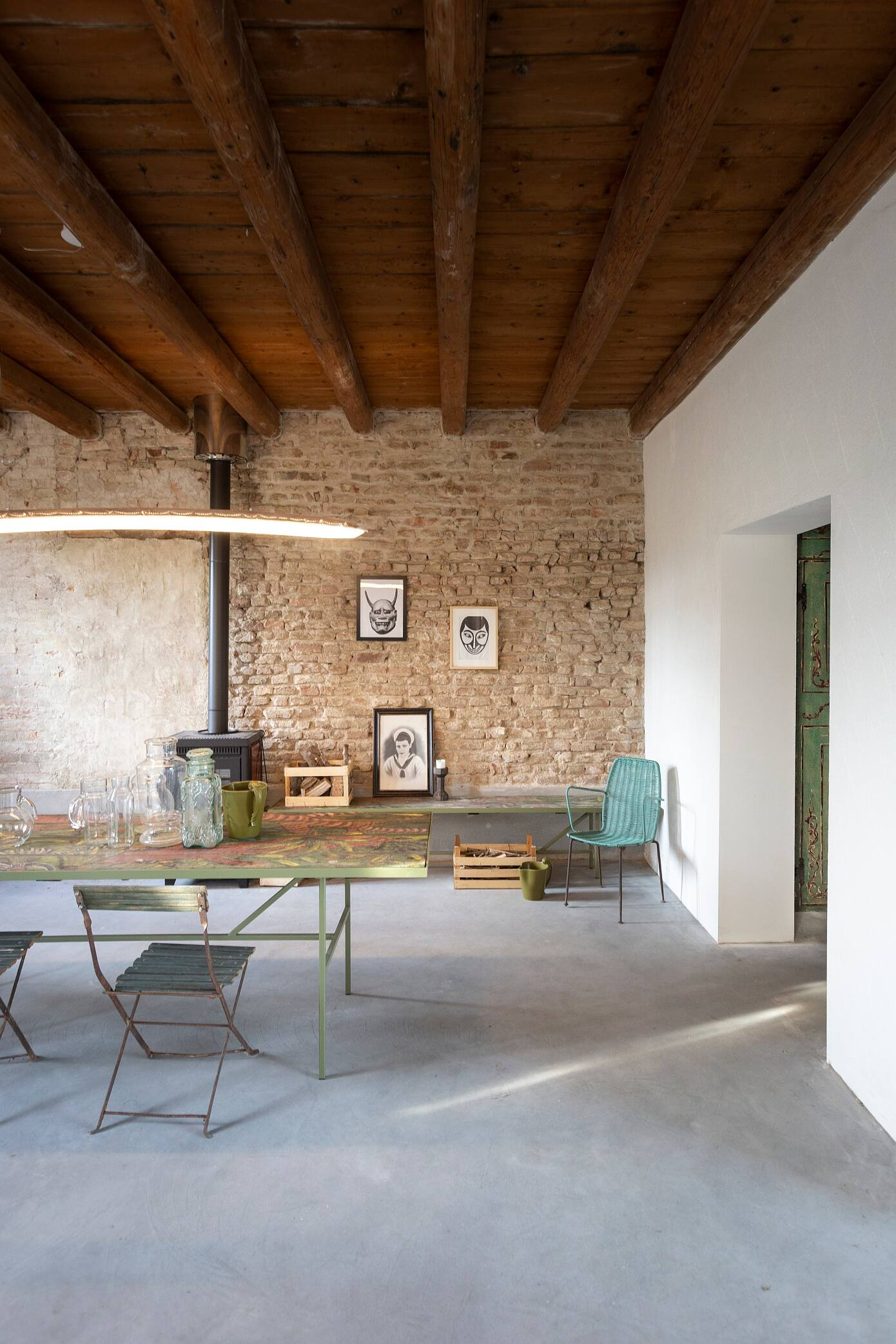 """""""A Brother, A Sister"""" House Renovation by Bongiana Architetture"""