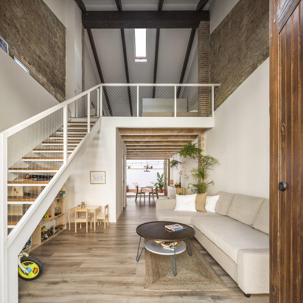 Casa Cabanyal by Nodopía Arquitectura y Diseño