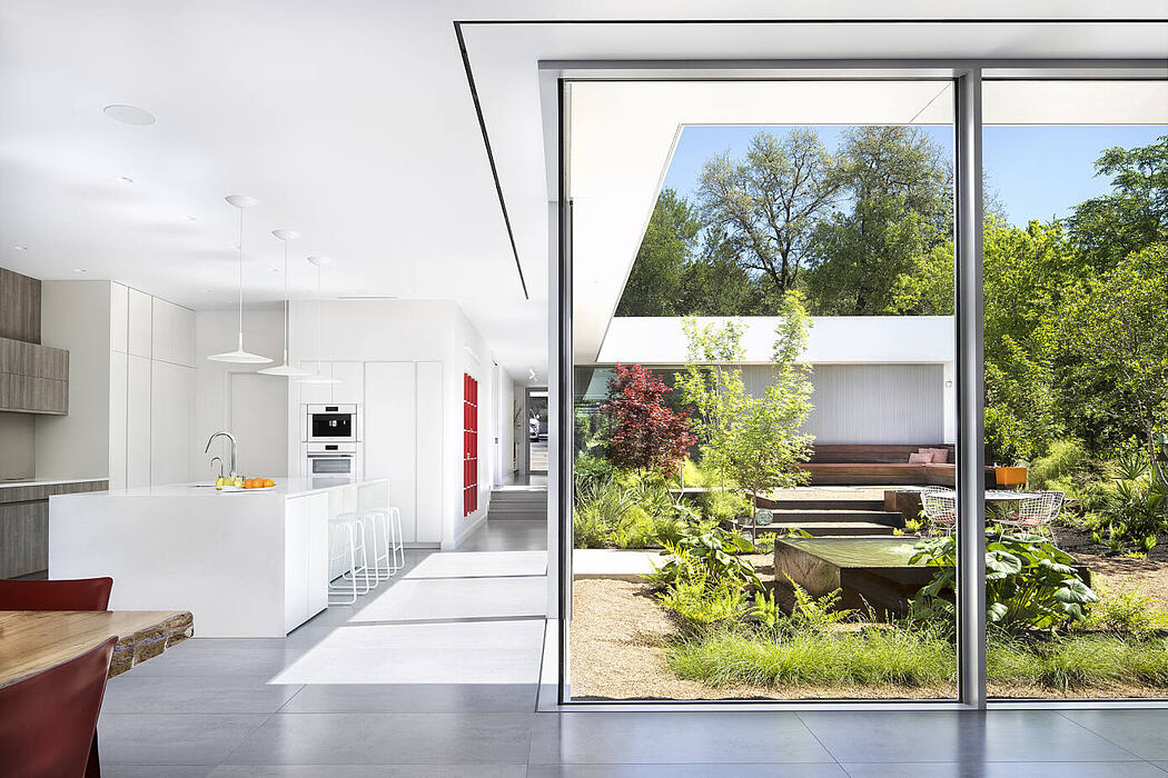 Five Yard House by Miró Rivera Architects